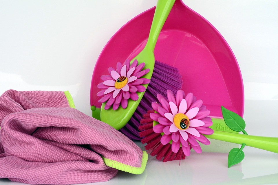 Floral Cleaning Tools
