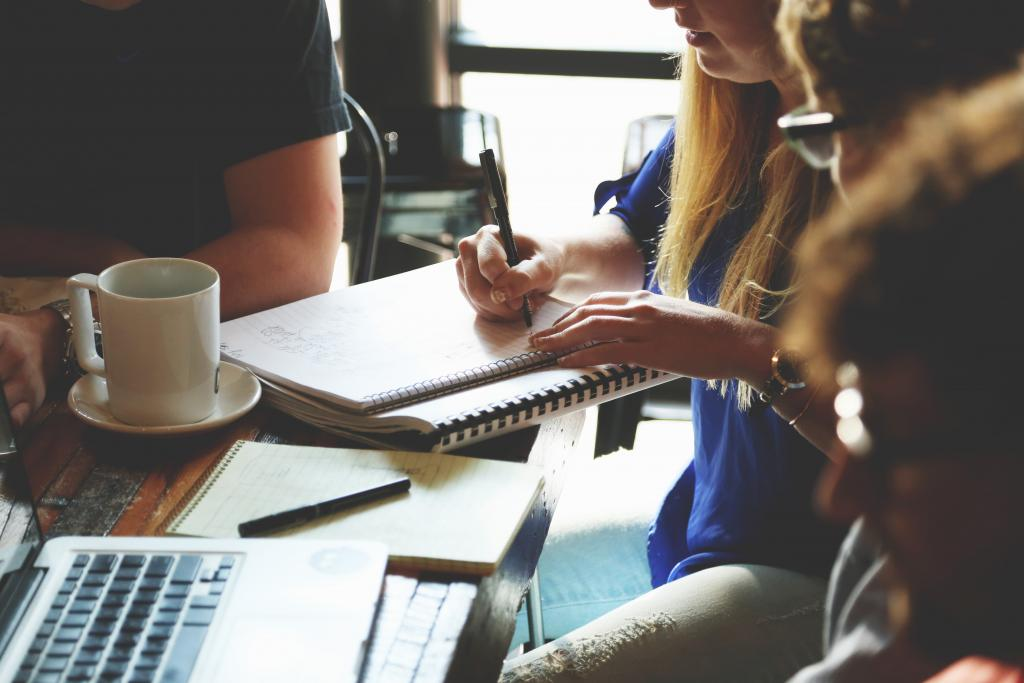 How to Hire the Best Employees in a Competitive Market